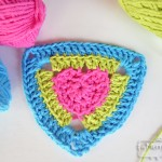Crochet Heart Triangle Pattern – Free Crochet Pattern
