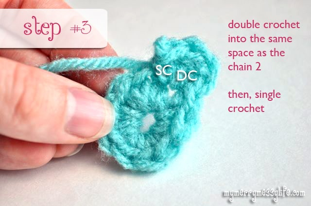 Free Crochet Pattern for an Easy, Tiny Flower - Step #3